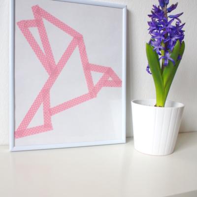 Frühlingsdeko DIY: Origami-Vogel-Bild aus Masking Tape