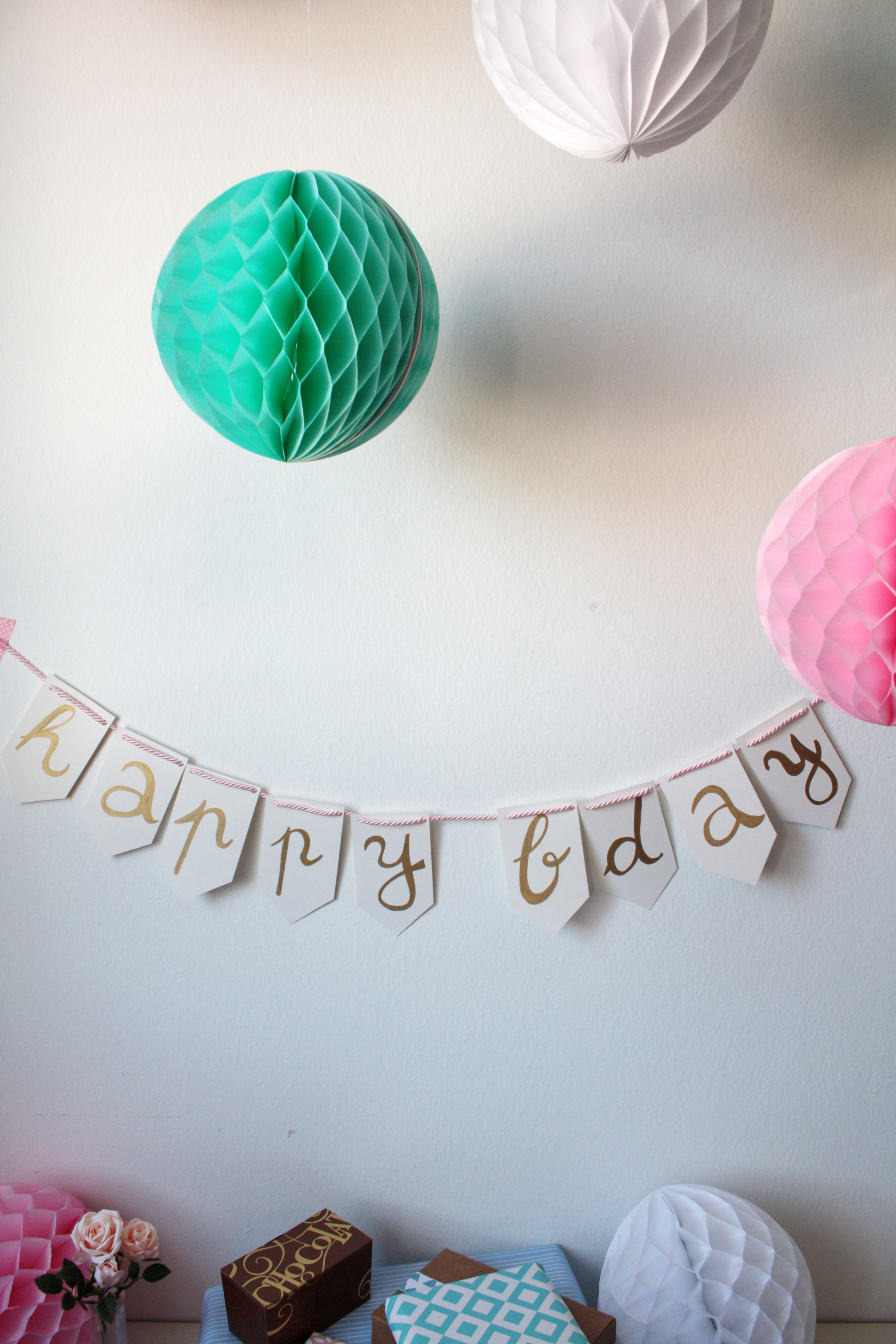 happy birthday wimpelkette diy 4 rosy grey diy blog lettering m nchen. Black Bedroom Furniture Sets. Home Design Ideas
