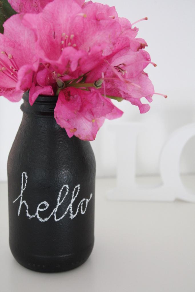 Upcycling Glasflaschen mit Tafelfarbe als Vase3