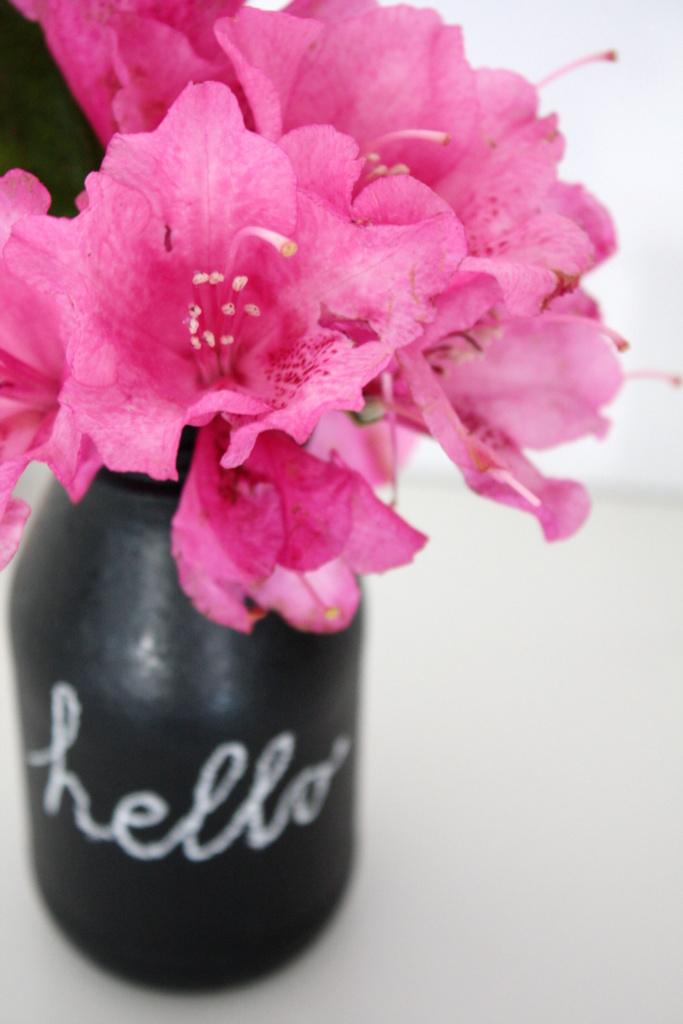 Upcycling Glasflaschen mit Tafelfarbe als Vase5