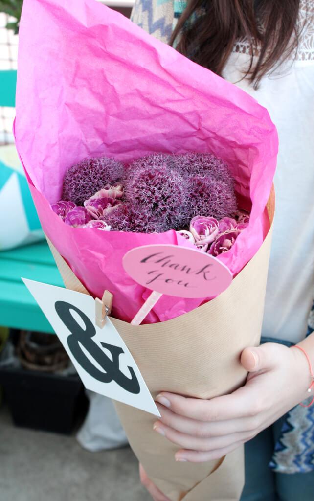 Blumen verpacken Geschenkidee 2