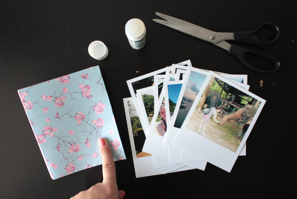 diy foto leporello im polaroid style rosy grey diy blog lettering m nchen. Black Bedroom Furniture Sets. Home Design Ideas