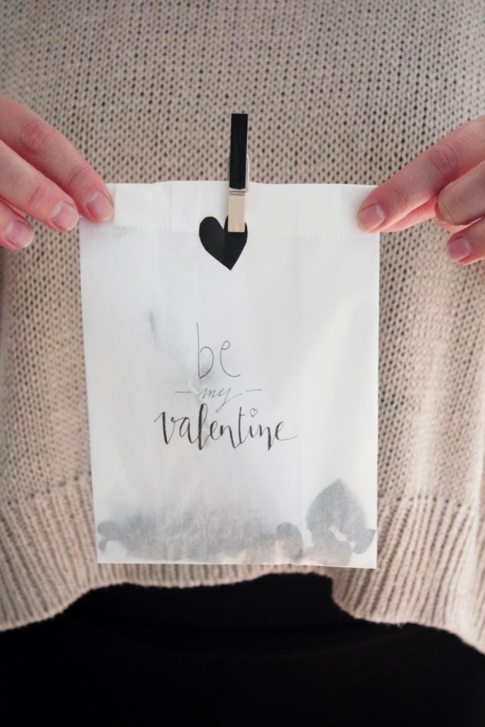 Gutschein verpacken zum Valentinstag 10