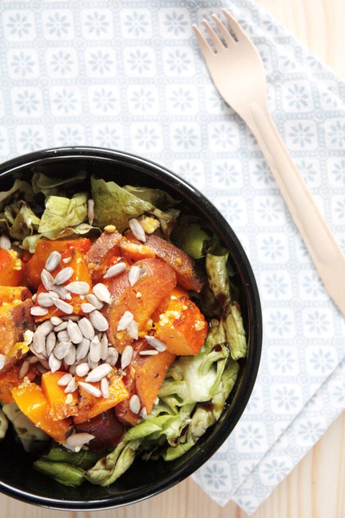 Salat mit Kürbis und Süßkartoffeln aus dem Ofen