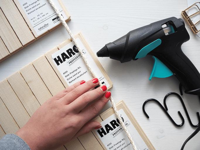 DIY Wall Organizer aus Parkettleisten DIY Blog Muenchen