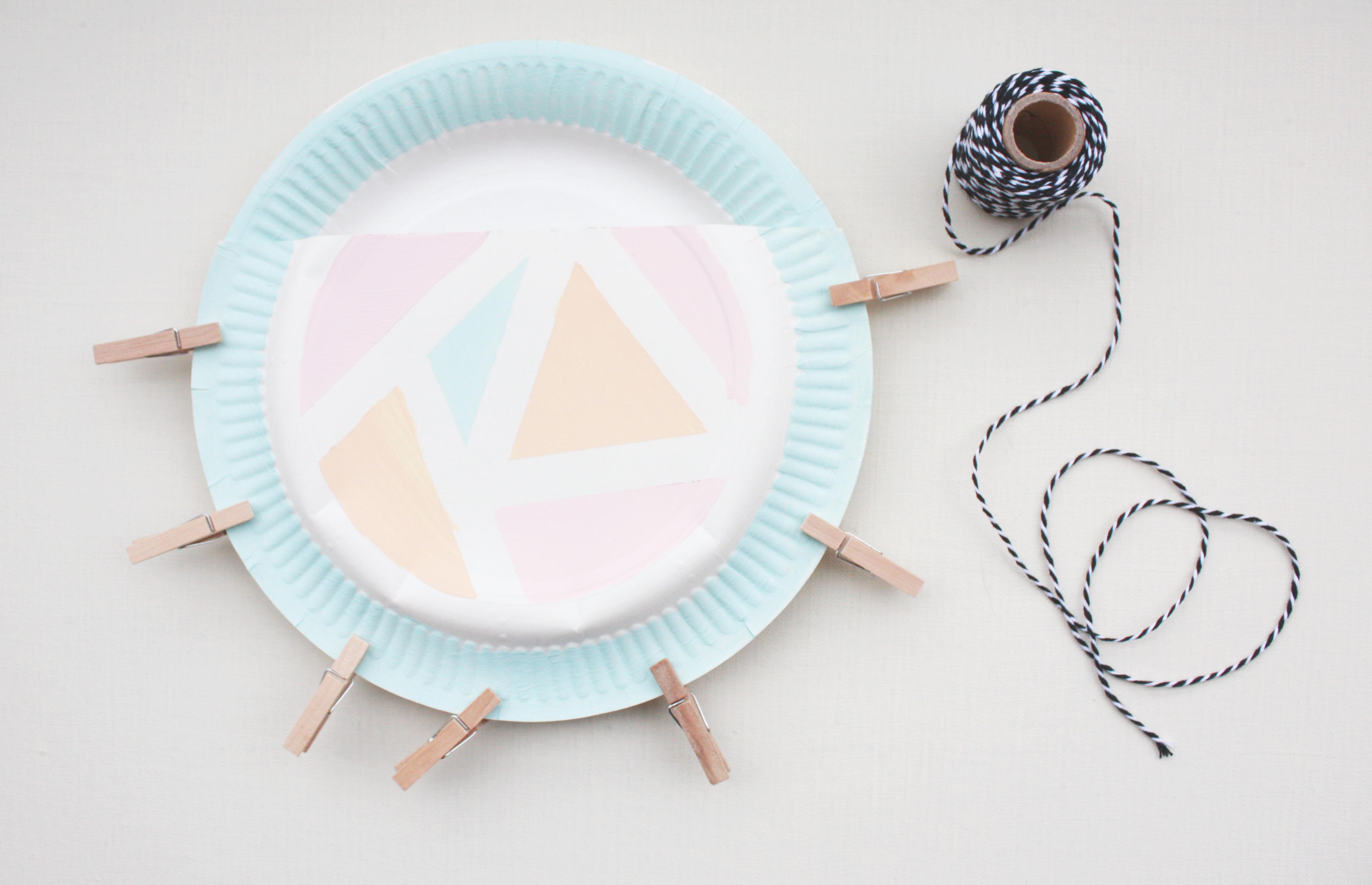 DIY Utensilio aus Papptellern 8
