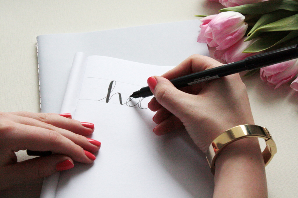 Faux Calligraphy Lettering lernen Schritt für Schritt