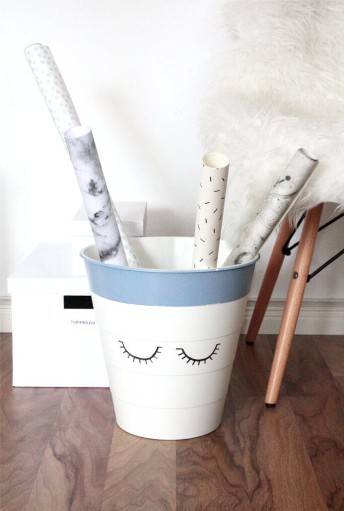 Ikea Hack Mülleimer DIY Geschenkpapierhalter selbermachen DIY Blog