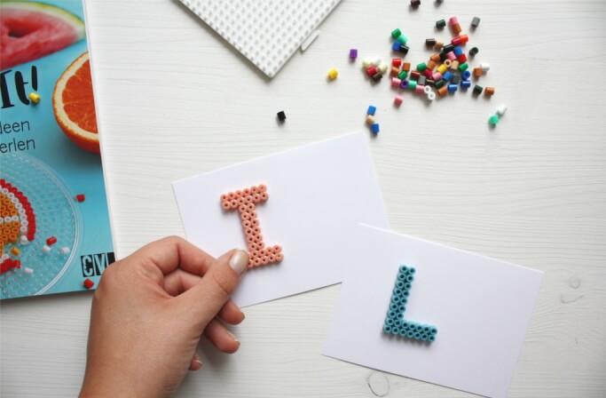 DIY Blog Buegelperlen Buchstaben basteln