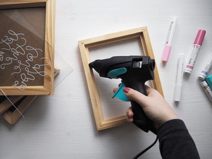 Pflanzenkasten selbermachen aus Holzrahmen DIY Blog